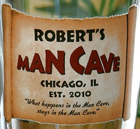 Personalized Man Cave Pint Glass - Close Up