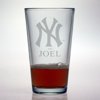 New York Yankees Pint Glass